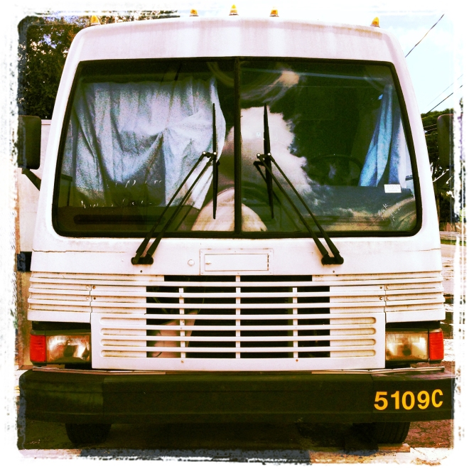 NOMADart Bus Front